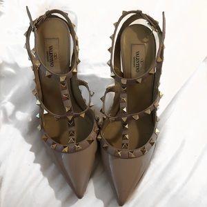 100% authentic Valentino Rockstud heels.